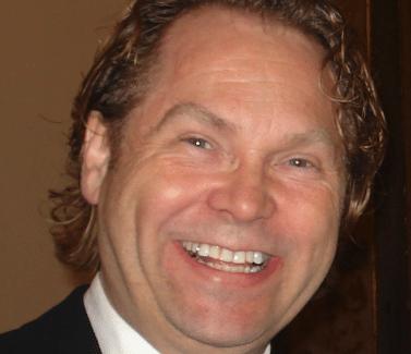 Implantologe Prof. Dr. Dr. Gernot Teichmann, Zahnzentrum Fluke Bremen