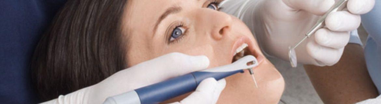 Schonende Parodontosebehandlung mit dem Vector System bei Zahnarzt Bremen Nord Zahnzentrum Fluke