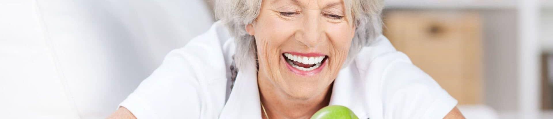 Zahnimplantate Bremen - Implantate zu fairen Prei sen - Zahnarzt Frank Bräuer Zahnzentrum Fluke